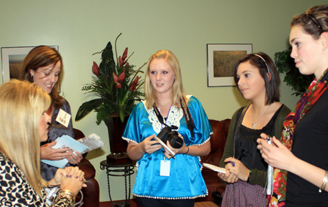 'Blind Side' mother speaks out;Journalism students discuss project with Tuohy