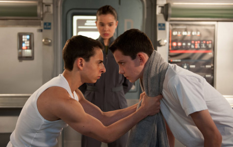'Ender's Game' begins with a bang
