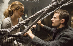 'Divergent' separates itself as spring blockbuster