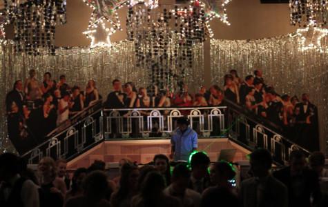 2014 'Great Gatsby' prom