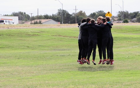 Cross country boys score district championship