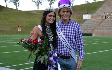 Homecoming king, queen crowned