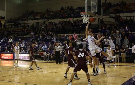 Boys basketball advances into playoffs
