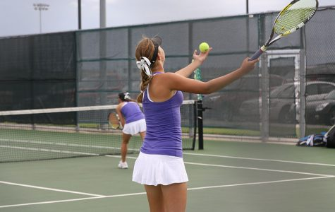 Tennis team aims to rebound in next match