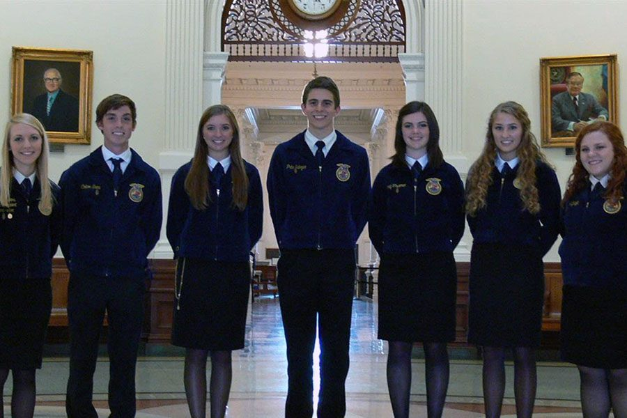 The+Ag+Issues+team+placed+second+at+nationals+in+Indianapolis%2C+Indiana.