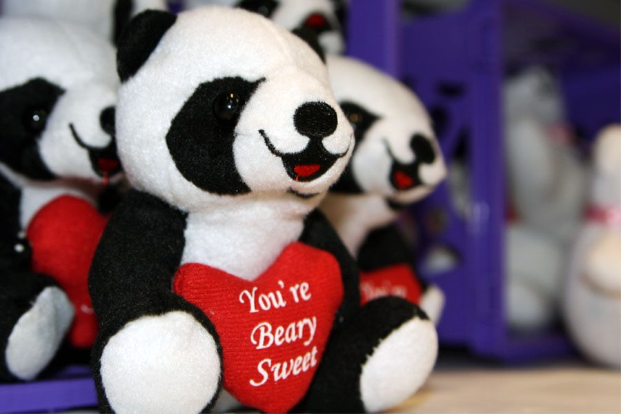 The+school+store+will+sell+Valentine%27s+Day-themed+items%2C+such+as+stuffed+animals%2C+starting+Feb.+13.