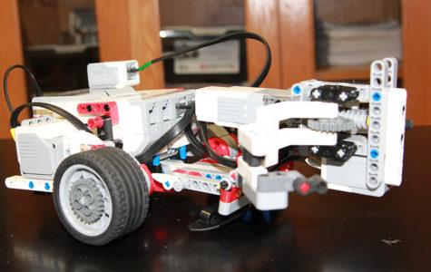 Robotics team places third at area