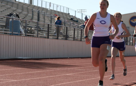 Track teams advance to regionals