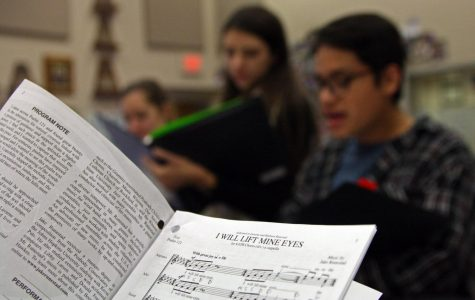 Chamber choir to perform for state officials, retired teachers