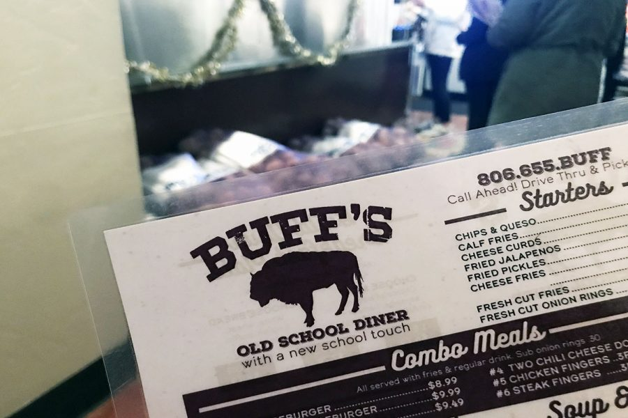 Buff%27s+menu+is+centered+on+comfort+food+with+pancakes+and+omelettes+for+breakfast%2C+and+burgers+and+hot+dogs+for+dinner.