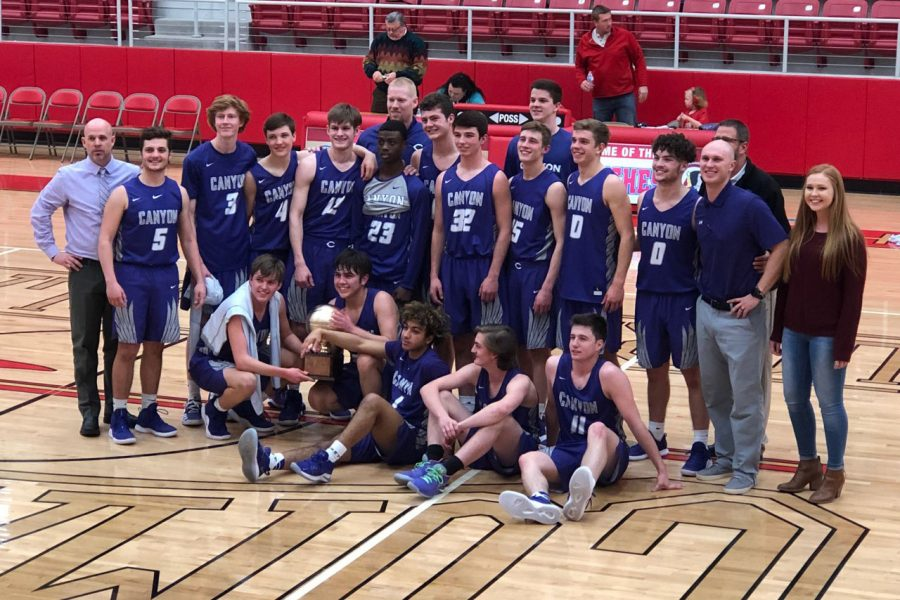 The+boys+basketball+team+were+Bi-District+Champions+after+a+52-45+win+over+Perryton.
