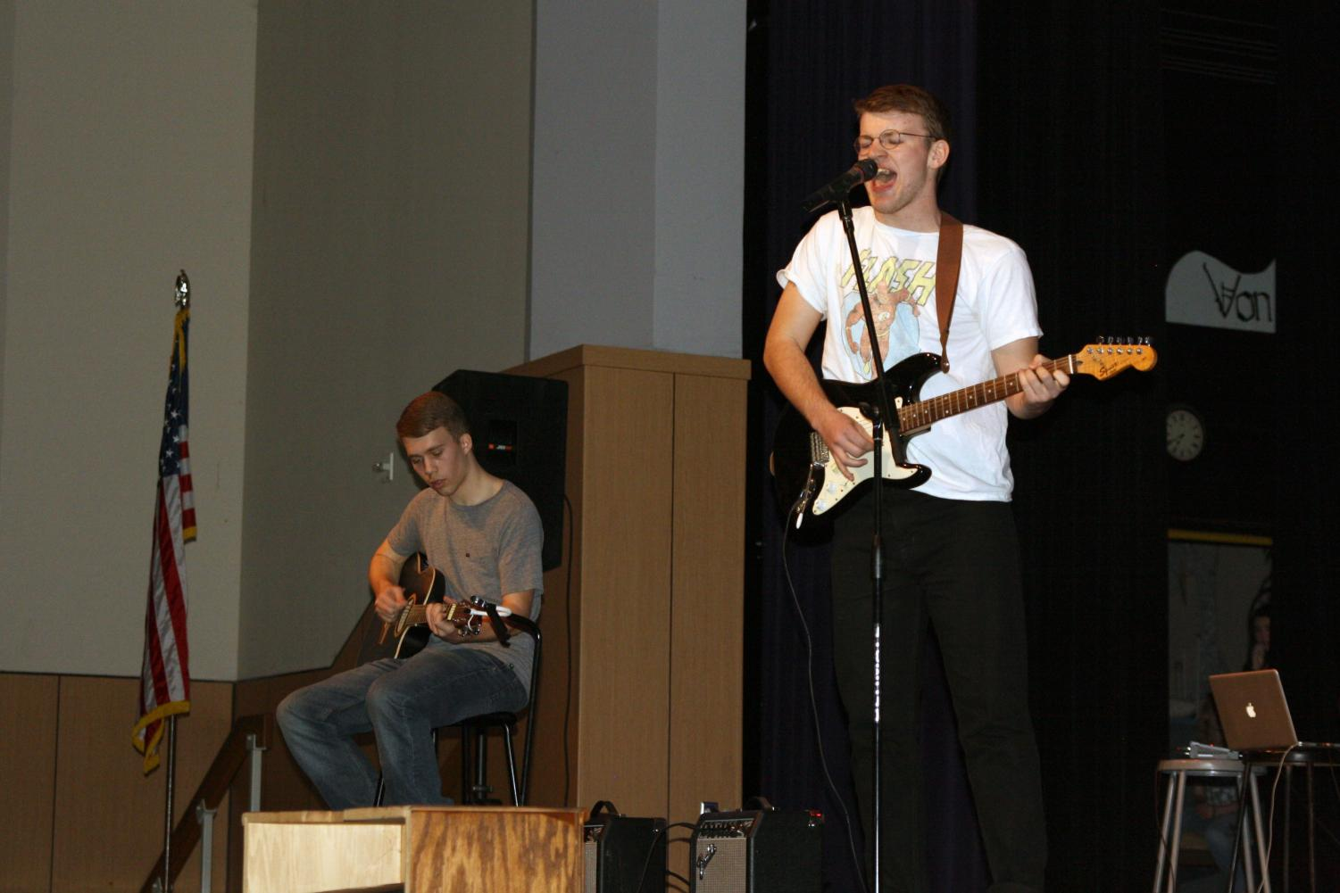 Travis Roberts and Cody Clark perform in the spring 2018 Eagle Idol.