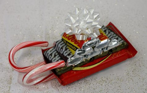 The sleigh craft is easy to make and candy can be personalized for a certain recipient.
