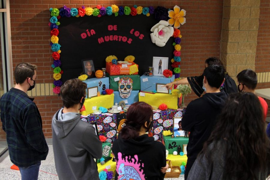 Spanish IV and V class worked during the last week of October to create an ofrenda honoring Kobe Bryant and his daughter, Gianna Bryant, Naya Rivera and Chadwick Boseman for Day of the Dead, all of whom died in 2020. The ofrenda was displayed by the front of the school, and included a photo and biography of each of the honories, several colorful flowers and objects to remember them.