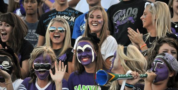 Fans forecast great year for football