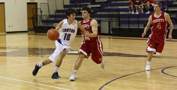 Eagle basketball begins season with rocky start