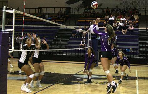 Volleyball team to continue season against Randall Raiders Saturday