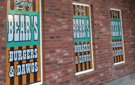 Bear's Burgers & Dawgs opens with great food, great service