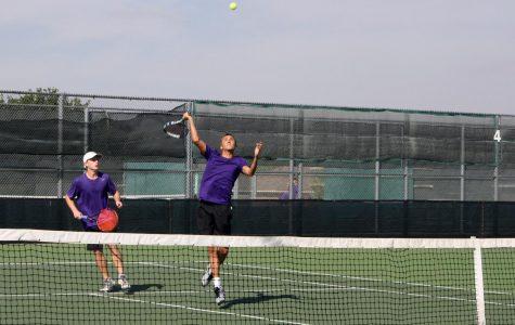 Tennis team wins area championship, advances to regional semi-finals
