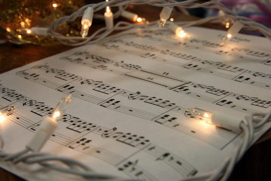 Music+provides+Christmas+spirit+around+the+holidays.