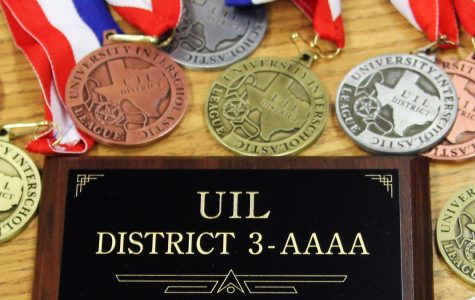 UIL academic team wins district championship, to compete at regional meet April 12-13