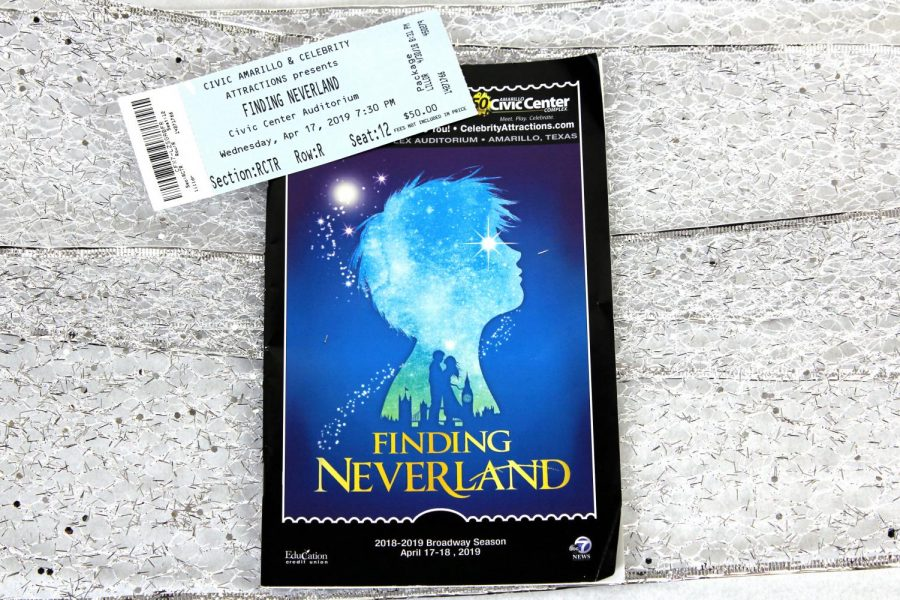 %22Finding+Neverland%22+filled+the+stage+April+17-18+at+the+Civic+Center+in+Amarillo.