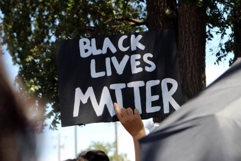Shortly after the NAACP rally, many demonstrators participated in a second protest in front of the Amarillo Police Department. Those who attended marched from the station to a nearby park.