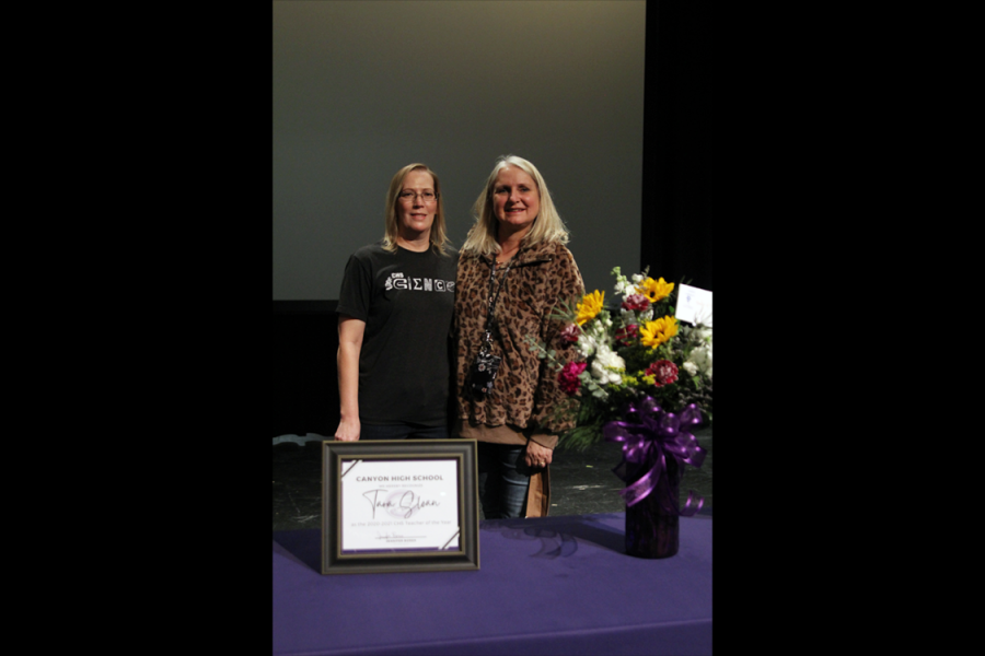 Physics teacher Tara Sloan stands alongside principal Jennifer Boren after winning campus 2020 Teacher of the Year. Sloan saidteaching is her calling.